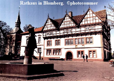 Rathaus in Blomberg.  ©photosommer